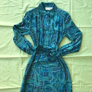 Vintage 70s Paisley Buttoning Maxi Dress
